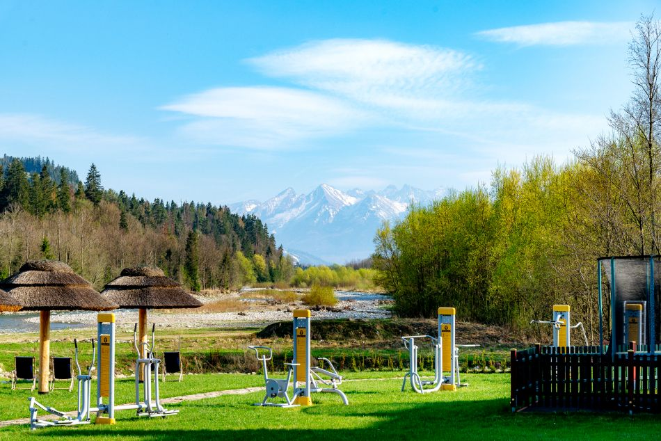 gym active outside river tatra mountains fit bialka tatrzanska